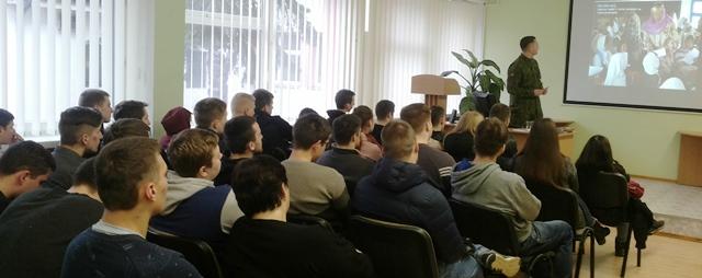 2017-03-07 Susitikimas Su Krašto apsaugos savanorių pajėgų kariu