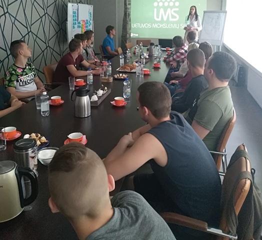 2018-05-15 Fabijoniškių skyriaus mokinių taryba – Lietuvos moksleivių sąjungos narė