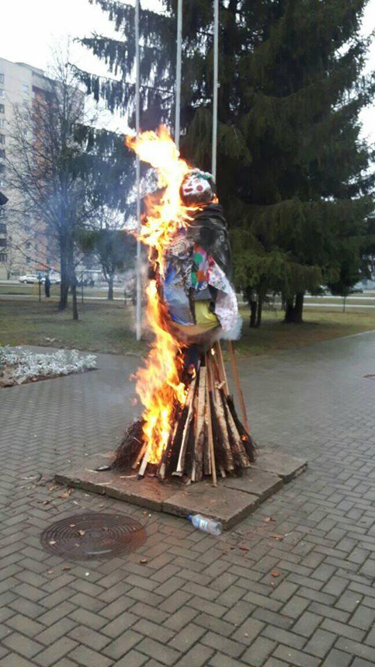 2020-02-26 Užgavėnių Morės degė ir tirpo.